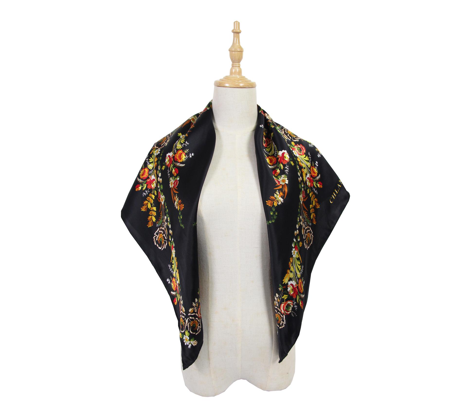 闕蘭絹印花黑色100%蠶絲大方絲巾 87*87  - 1008