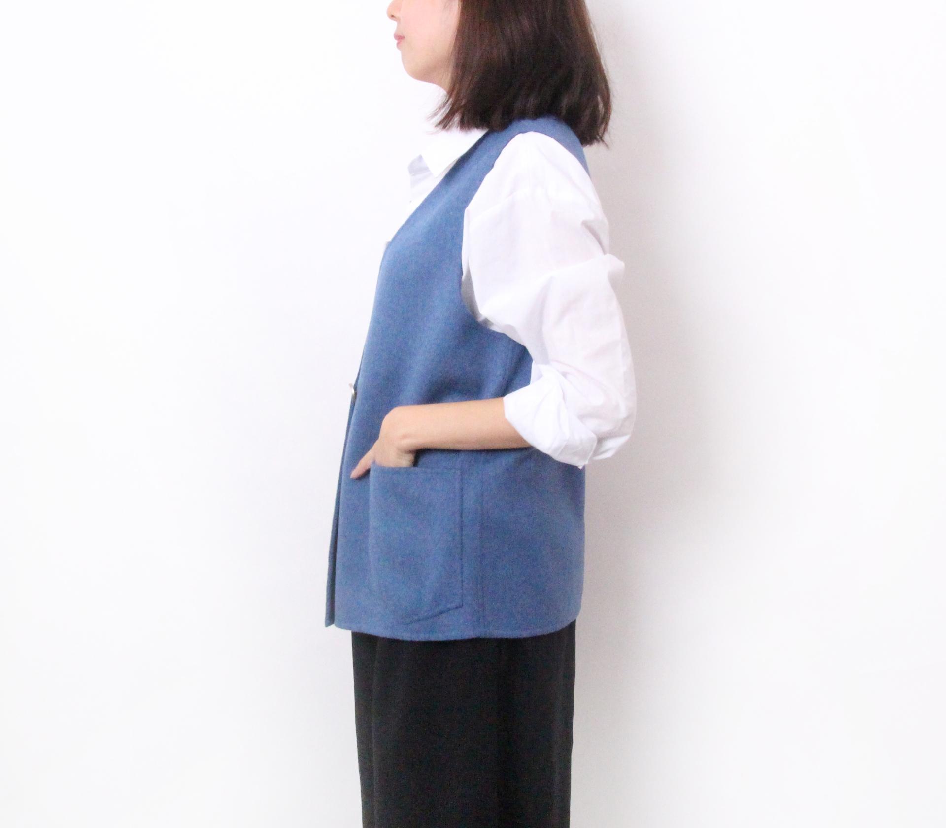 闕蘭絹簡約版短版羊毛背心-藍色-291-1