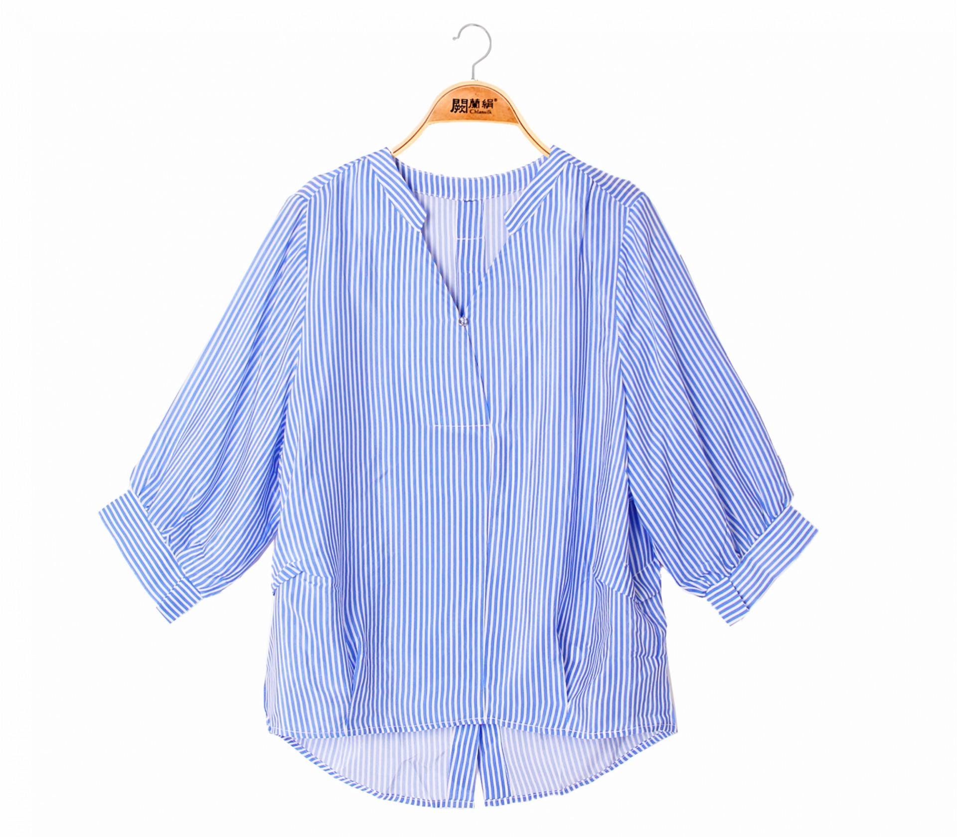 經典款V領直紋100%蠶絲上衣 – 藍-6405