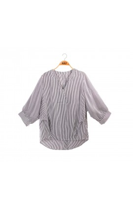 闕蘭絹經典款V領直紋100%蠶絲上衣 – 黑-6405