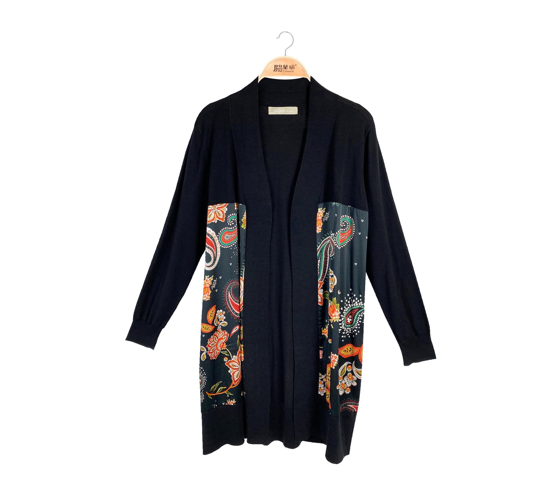 闕蘭絹典雅美人拼接滑布花朵蠶絲針織長版罩衫 - 黑色 - 6550